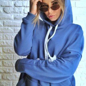 Заказать в подарок женский свитшот из турецкой двухнитки с капюшоном голубого цвета батал оптом Украина