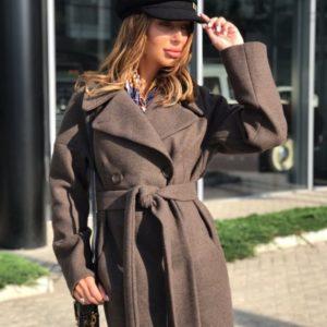 Приобрести в интернет-магазине женское из шерсти пальто застёжка на пуговицах по бокам карманы коричневого цвета больших размеров дешево