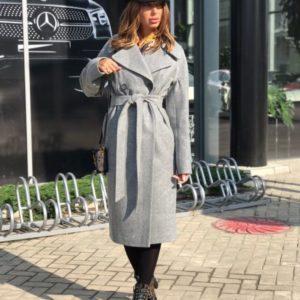 Заказать в подарок женское пальто из шерсти застёжка на пуговицах карманы по бокам цвета серого батал оптом Украина