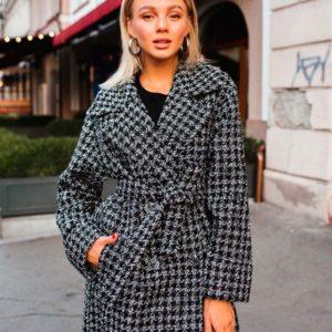 Купить недорого женское шерстяное пальто с поясом в клетку в подарок