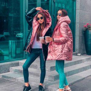 Приобрести в интернет-магазине женскую куртку двустороннюю с капюшоном на осень пудры дешево
