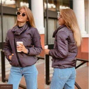 Приобрести в интернет-магазине женскую курточку короткую с воротником высоким на кнопке серую с оттенком дешево