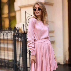 Приобрести в интернет-магазине женский нитка костюм марс с шерстью розового цвета батал дешево