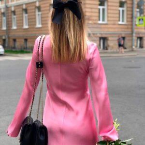 Заказать в подарок женское шёлковое платье с длинным рукавом розового цвета оптом Украина