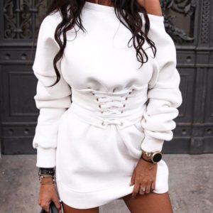Заказать в подарок женское платье-туника из трехнитки с открытым плечом белого цвета оптом Украина