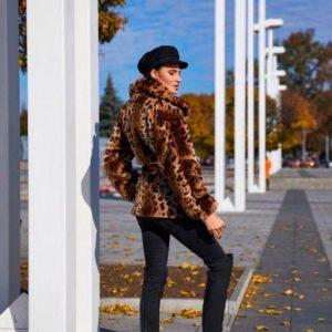 Заказать в интернет-магазине женскую леопардовую шубу на атласной подкладке из меха эко дешево
