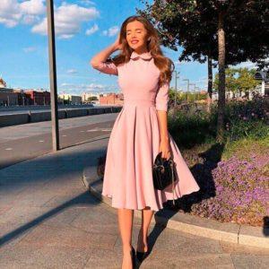 Приобрести в интернет-магазине женское миди платье из костюмки с юбкой пышной цвета пудры дешево