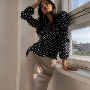 Купить недорого женскую блузу из креп шифона в горошек цвет темно синий в крупный горох в подарок
