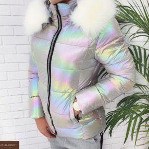 Заказать женскую куртку с воротником белым из плащевки цвета сиреневого недорого