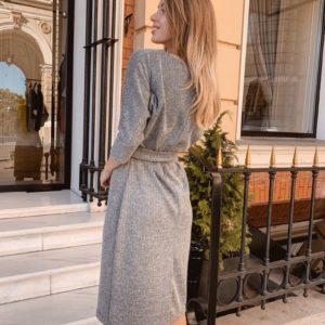 Заказать в подарок женское серое платье миди с поясом из ангоры оптом Украина