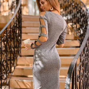 Заказать в подарок женское серое платье миди с прорезами на рукаве оптом Украина