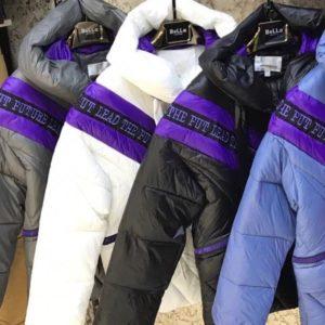 Приобрести в интернет-магазине женскую куртку из холофайбера на молнии всех цветов дешево