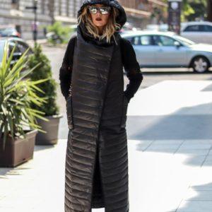 Придбати в інтернет-магазині жіночий жилет довгий з плащової тканини на синтепоні з кнопками чорного кольору дешево