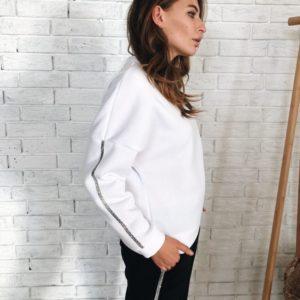 Заказать дешево женский прогулочный теплый костюм на флисе из трех нитки цвета черно-белого недорого