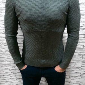 Заказать недорого мужской тонкий свитер с узором фактурным серого цвета в подарок
