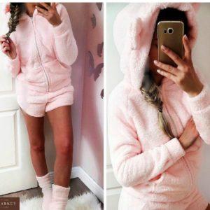 Купить недорого женскую пижаму: штаны + кофта из махры двухсторонней с капюшоном розового цвета в подарок