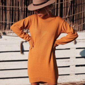 Купить недорого женское универсальное гольф - платье горчичного цвета в подарок