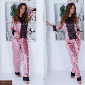 Приобрести женскую бархатную с кружевом пижаму кофта + брюки цвета пудры в Украине