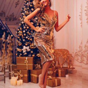 Заказать в подарок женское платье миди на бретельках из пайетки на трикотажной подкладке золотого цвета оптом Украина