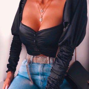 Заказать в подарок женскую блузку из шелка с рукавом-фонариком и глубоким декольте черного цвета оптом Украина