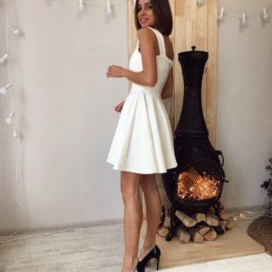Заказать дешево женское платье с широкой юбкой нарядное цвета молока недорого