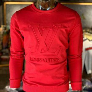 Купить в интернет-магазине мужской свитер Louis Vuitton с объемным тиснением красного цвета размеров больших дешево