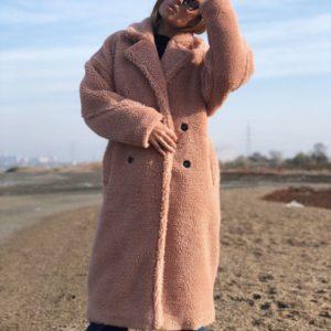 Заказать в подарок женскую шубу на синтепоновой подкладке из эко меха оптом Украина