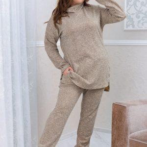 Заказать в интернет-магазине женский ангоровый костюм с длинной туникой бежевого цвета батал дешево