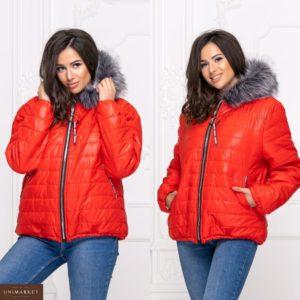 Приобрести дешево зимнюю женскую куртку из плащевки с мехом красного цвета батал Украина