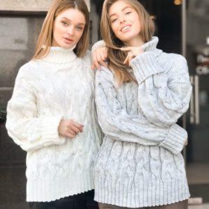 Заказать в подарок женский свитер шерстяной с высоким горлом молочного цвета оптом Украина