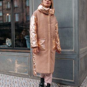 Приобрести женская куртка из букле и стеганой плащевки с капюшоном длинная карамель + золото в Украине