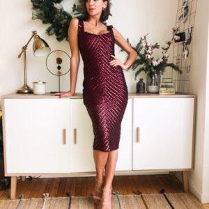 Приобрести в интернет-магазине платье женское нарядное миди из стрейч пайетки бургунди цвета дешево