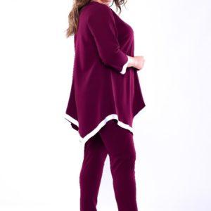 Купить оптом женский костюм: кофта + брюки из дайвинга креп с декором белой тесьмы бордового цвета батал в подарок