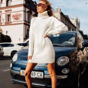 Приобрести недорого женскую белую тунику-свитер шерстяную оптом Украина
