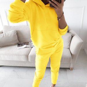 Приобрести в интернет-магазине женский костюм спортивный двойка: кофта с капюшоном + штаны желтого цвета дешево