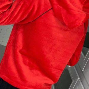 Приобрести в интернет-магазине женский спортивный велюровый костюм на флисе цвета красного дешево