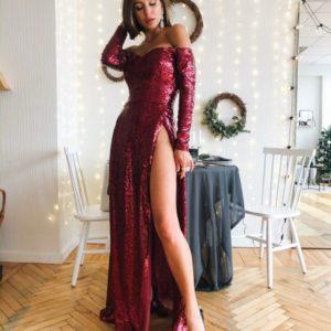 Приобрести в интернет-магазине женское платье длинное вечернее с плечами открытыми из пайетки в цвет спелой вишни на новогоднюю вечеринку дешево