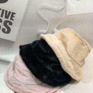 Купить недорого женскую шляпу-панаму зимнюю на меху однотонную розового цвета в подарок