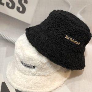 Приобрести в интернет-магазине женскую шляпу панаму зимнюю из каракуля hai talento m белого цвета дешево