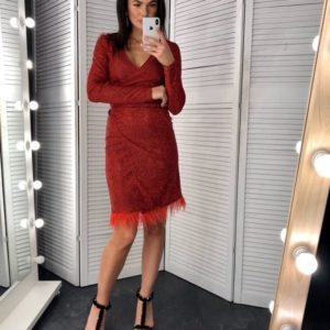 Заказать в подарок женское платье на запах из трикотажа с люрексовым напылением на новый год бордового цвета оптом Украина
