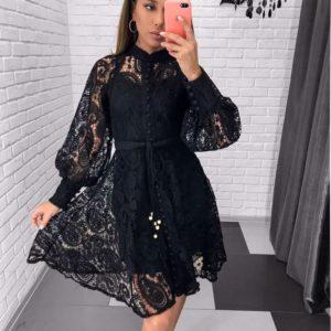 Приобрести недорого женское черное платье на пуговках с кружевом и поясом на корпоратив оптом Украина