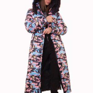 Приобрести недорого женскую зимнюю длинную куртку: воздуховик с капюшоном цвета камуфляж пудра оптом Украина