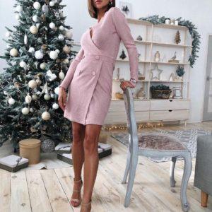 Заказать в подарок женское приталенное платье из трикотажа рубчик с пуговицами цвета розового на новый год недорого
