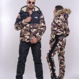 Заказать в подарок женский костюм лыжный камуфляжный с капюшоном из меха чернобурки в цвет камуфляжа с шевроном дешево