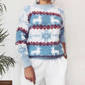 Приобрести в интернет-магазине женский с оленями и снежинками свитер голубого цвета дешево