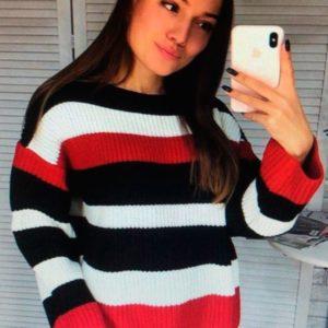 Приобрести недорого женский свитер в полоску универсальный оптом Украина