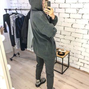 Приобрести недорого женский спортивный костюм: кофта + штаны из трехнити графитового цвета оптом Украина