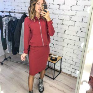 Заказать в подарок женский костюм спортивный тройка: кофта + штаны + юбка цвета красного дешево