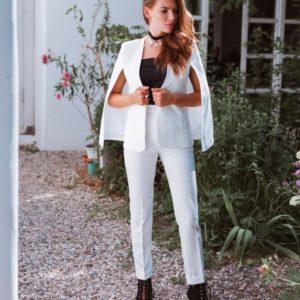 Заказать в подарок костюм женский: на подкладке кейп + брюки молочного цвета дешево