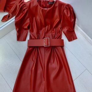 Заказать в подарок платье женское из экокожи с поясом цвета красного недорого